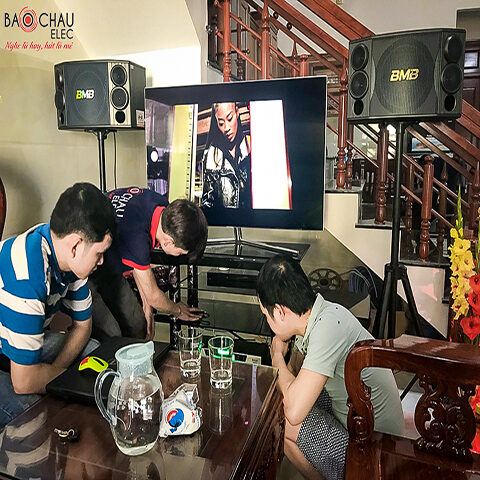 Dàn karaoke gia đình anh Việt tại Quảng Ngãi